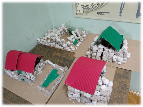 Slika 1 Kamene kućice od glinamola